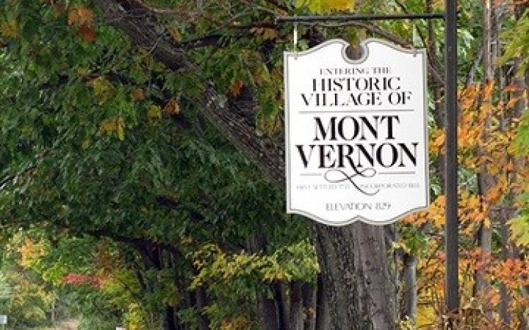 Historic Mont Vernon Sign